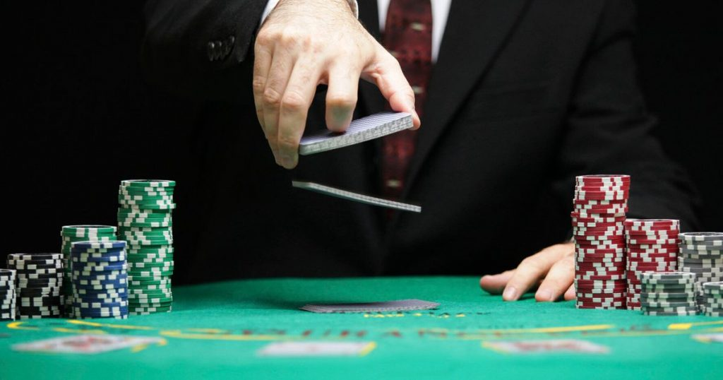 How to Use Poker Online Game Tips to Win at a Niche Table